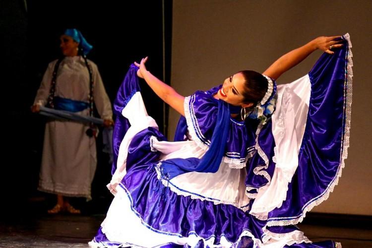 Rebeca Pérez del grupo de danza Hijos del Maíz.LAPRENSA-CORTESIA