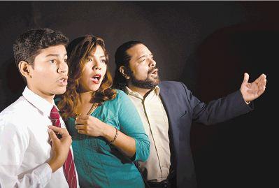 El grupo coral Ars Nova cantará a capela melodías nicaragüenses y versos de Rubén Darío. En la foto: Aaron Morales, Hazel y Mario Rocha. LAPRENSA/URIEL MOLINA