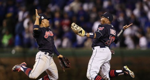 Los Indios de Cleveland lideran la Serie Mundial por 3-1 contra los Cachorros de Chicago. Ezra Shaw/Getty Images/AFP