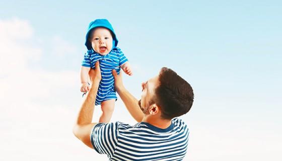 Los papás deben tener cuidado con la dieta antes de tener hijos. Consumir ácido fólico les beneficia, según la ciencia.